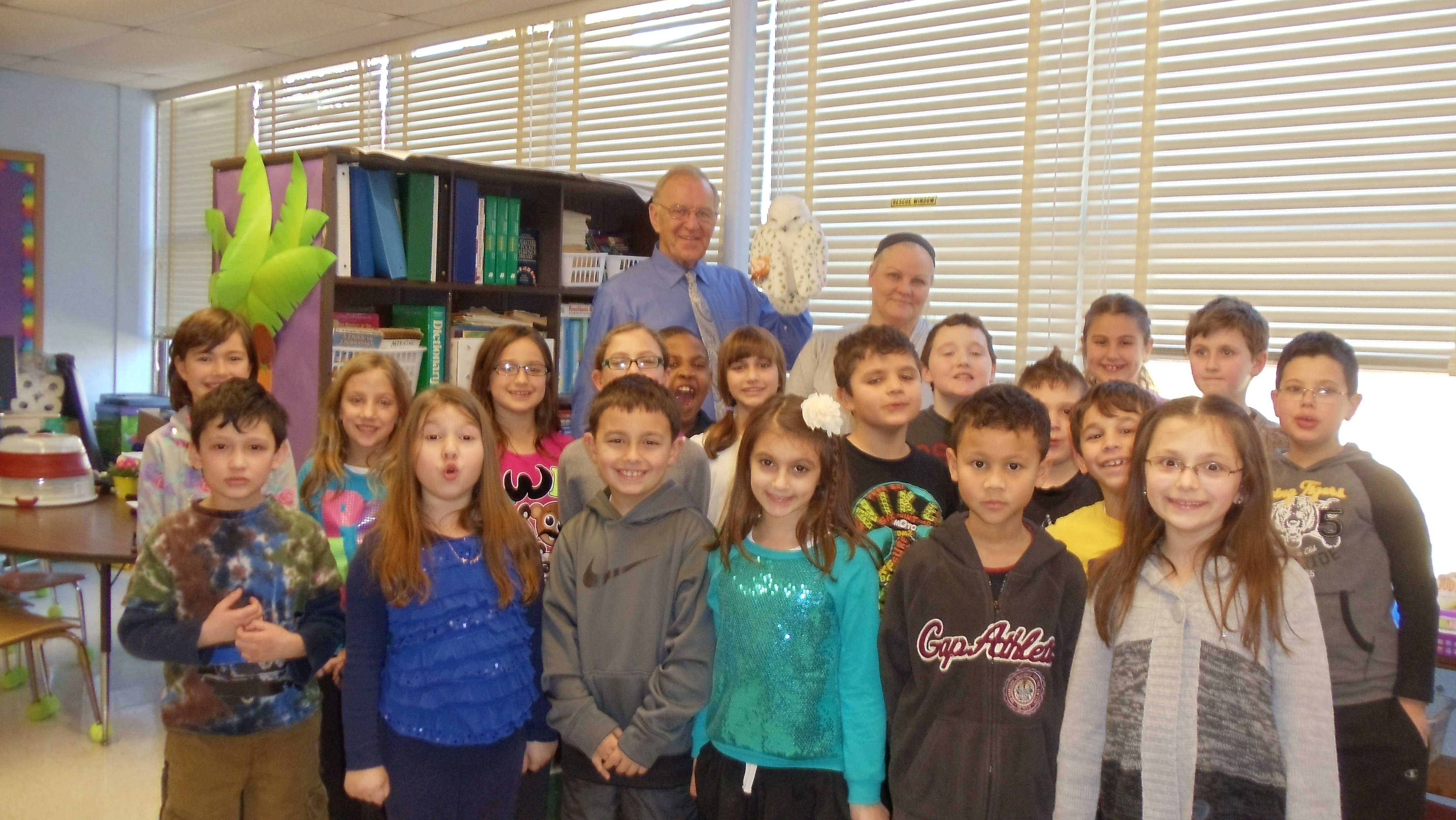 In January, Assemblyman Dave McDonough (R,C,I-Merrick) visited Mrs. Armstrong�s 3rd grade class at Old Mill Road Elementary School as part of their Parents As Reading Partners (PARP) program. As part of the reading program, Assemblyman McDonough shared �Owl Moon� by Jane Yolan with the students and discussed the importance of reading.