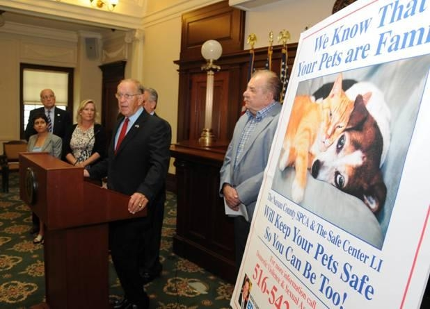 Assemblyman Dave McDonough joined with Nassau County Executive Ed Mangano to announce a new Nassau SPCA program that offers free pet protection for victims of domestic violence who have fled to The Safe Center L.I.