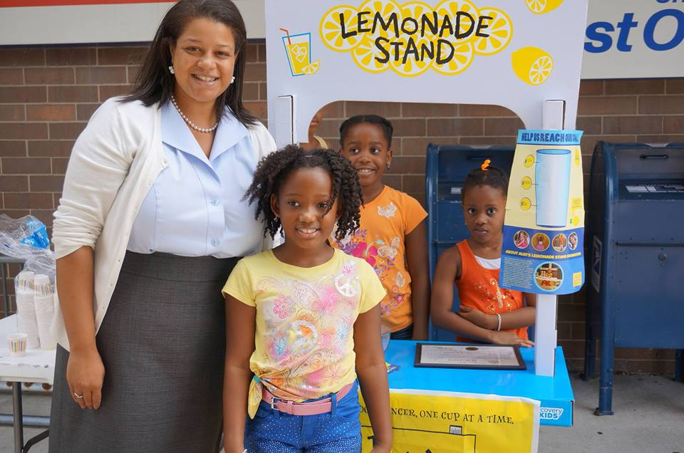 Assemblywoman Solages supports local Alex's Lemonade Stand to help end childhood cancer.