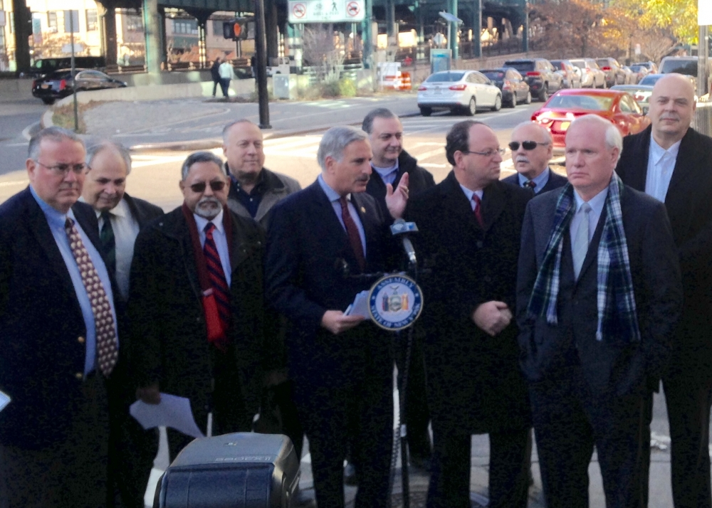 Assemblyman David Weprin rallies against a re-introduced congestion pricing scheme that seeks to place tolls on the Queensboro/59th Street Bridge with Senator Tony Avella, Assemblywoman Alicia Hyndman