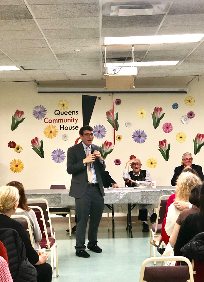 Assemblymember Rosenthal provides community updates at the Kew Gardens Civic Association's annual meeting.