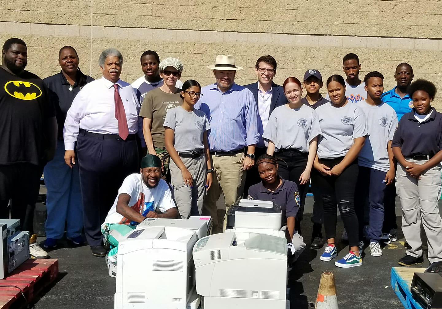 Assemblymember Rosenthal collaborates with Senator Leroy Comrie and Council member Rory Lancman to provide a cost-free Electronic Waste Recycling Event in Briarwood.
