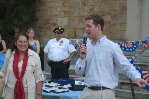 Assemblyman Hevesi joins local community leaders at National Night Out Against Crime.