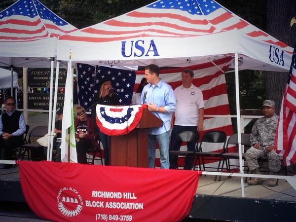 Assembly Member Hevesi addresses the crowd at the 41st Annual Forest Park Fair.