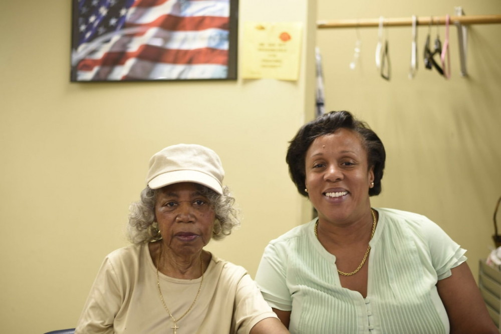 Assemblywoman Hyndman visiting seniors at Rosedale SNAP Senior Center