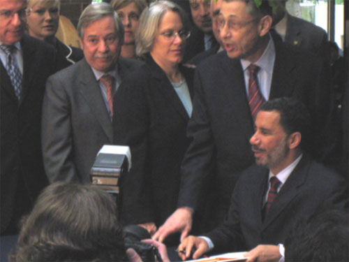 Assemblyman Abbate joins Speaker Silver and his colleagues to witness Governor Paterson sign bill the bill that protects senior citizens from violent criminals into law.