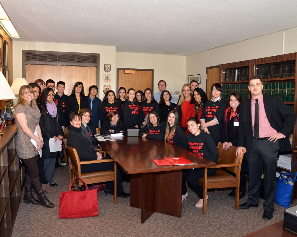 Youth from the Staten Island Staten Island Realty Check Program lobby in Albany on behalf of the Staten Island Smoke Free Partnership to increase awareness of tobacco control issues and support for fu