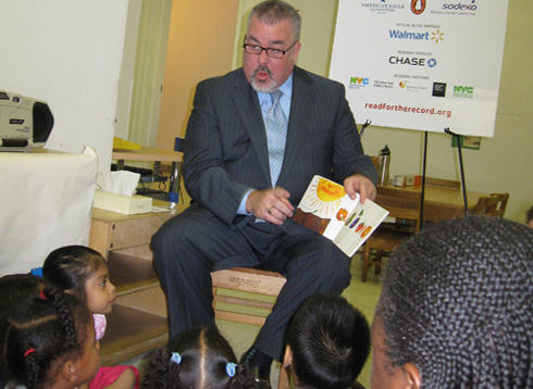 Assembly Member O�Donnell reads <em>The Very Hungry Caterpillar</em> by Eric Carle to children at Bloomingdale Family Program. The event was part of Jumpstart�s Read for the Record, an international campaign to bring preschool children together with grownups to read the same book, on the same day, in communities all over the world. Jumpstart promotes reading aloud with preschool children as the groundwork for strong literacy skills and future success in school and in life. For more information, please visit the Read for the Record Web site.