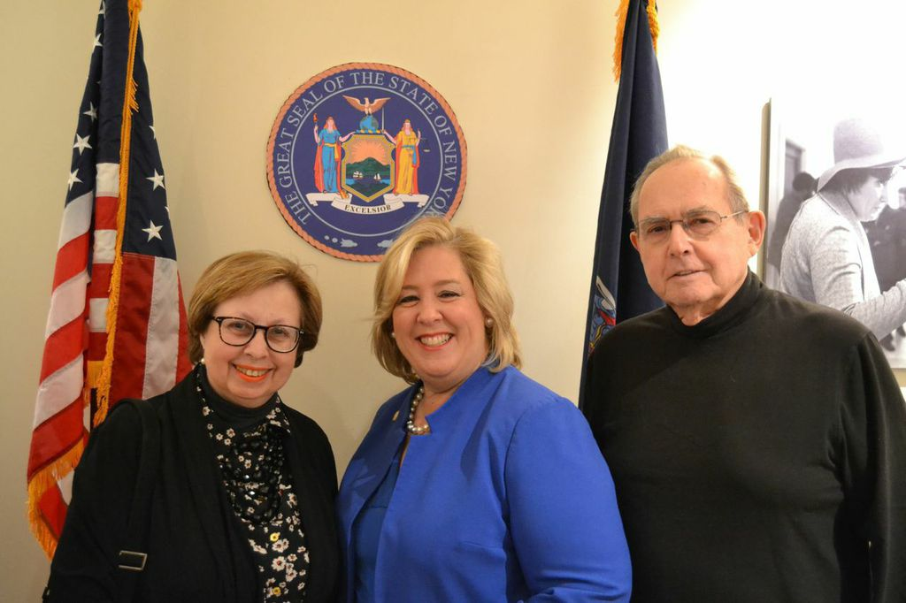 March 20—Community Office, NYC-- Judy Schneider, Woman of Distinction Award recipient, and her husband Barry Schneider join Assembly Member Seawright at her Women's History Month Reception/Community Office Grand Opening.