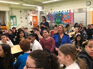 "Seawright Teaches Yorkville Community School Students ""How a bill becomes a law""<br />"