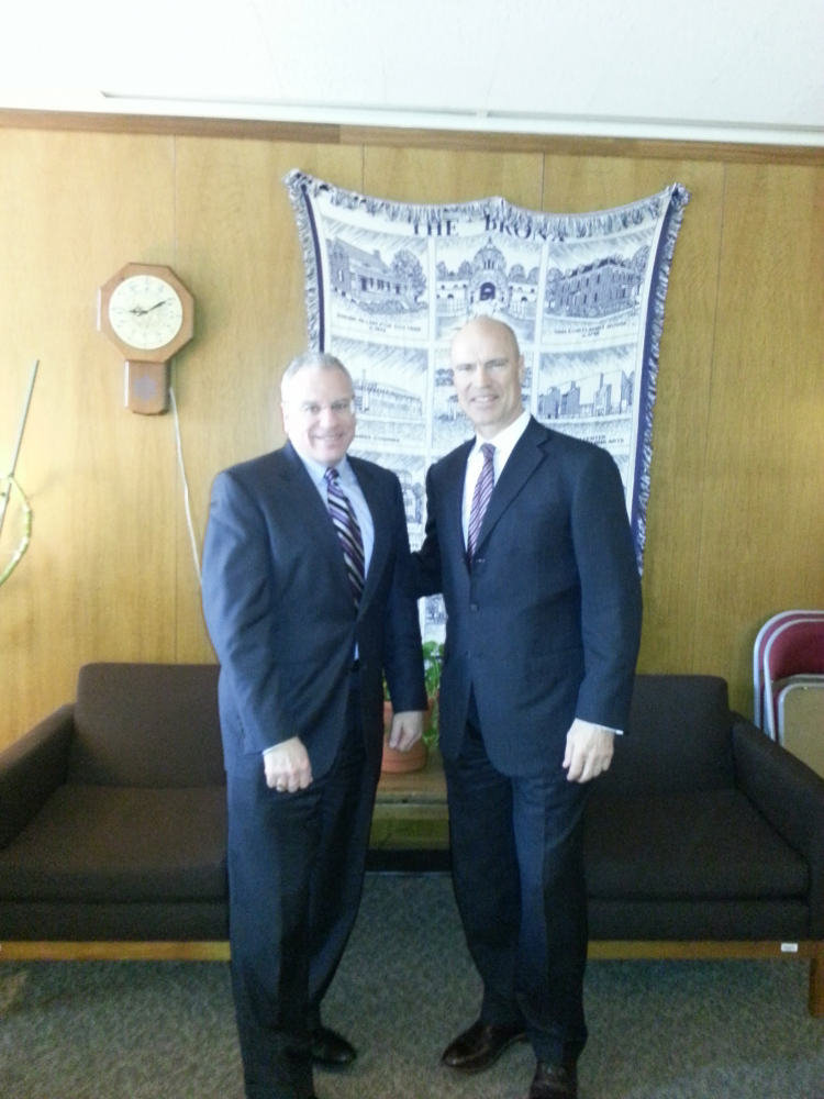 Assemblyman Jeffrey Dinowitz was joined in Albany by former New York Ranger great Mark Messier, who traveled to Albany to discuss the Kingsbridge National Ice Center. Messier is the CEO of the KNIC pr