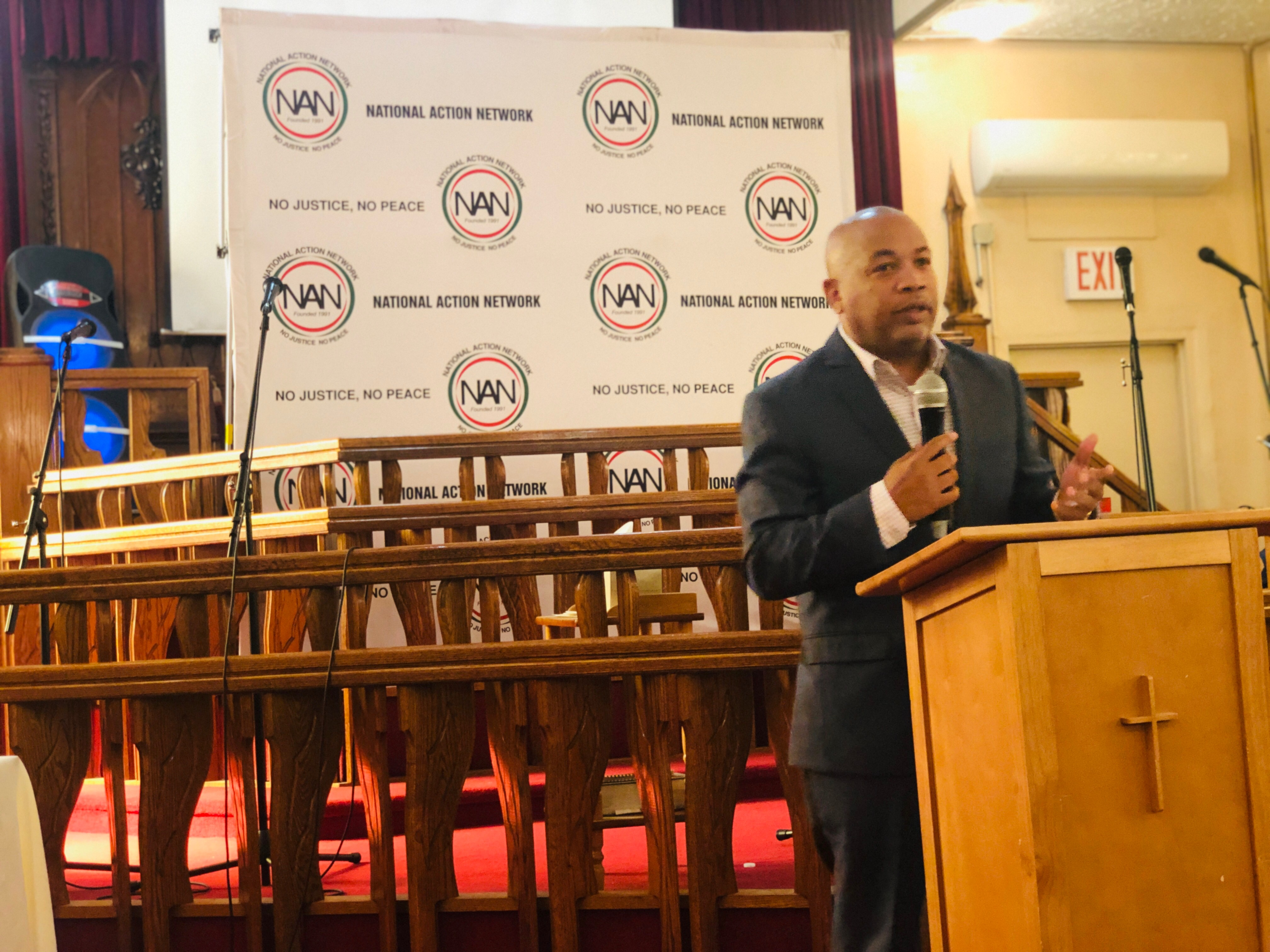 Speaker Heastie attends the National Action Network Bronx Chapter's Town Hall meeting to discuss community engagement, mental health, affordable housing and other topics in the Bronx community.