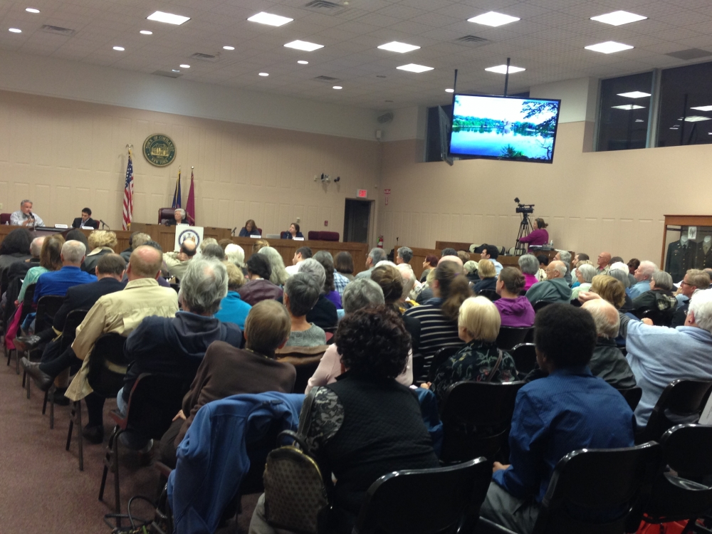 Sandy's Pro-and-Con Forum on Death with Dignity drew a large audience and sparked many conversations.