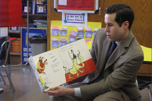 Assemblyman Zebrowski participates in Rockland Read-In at Gerald Neary Elementary School.