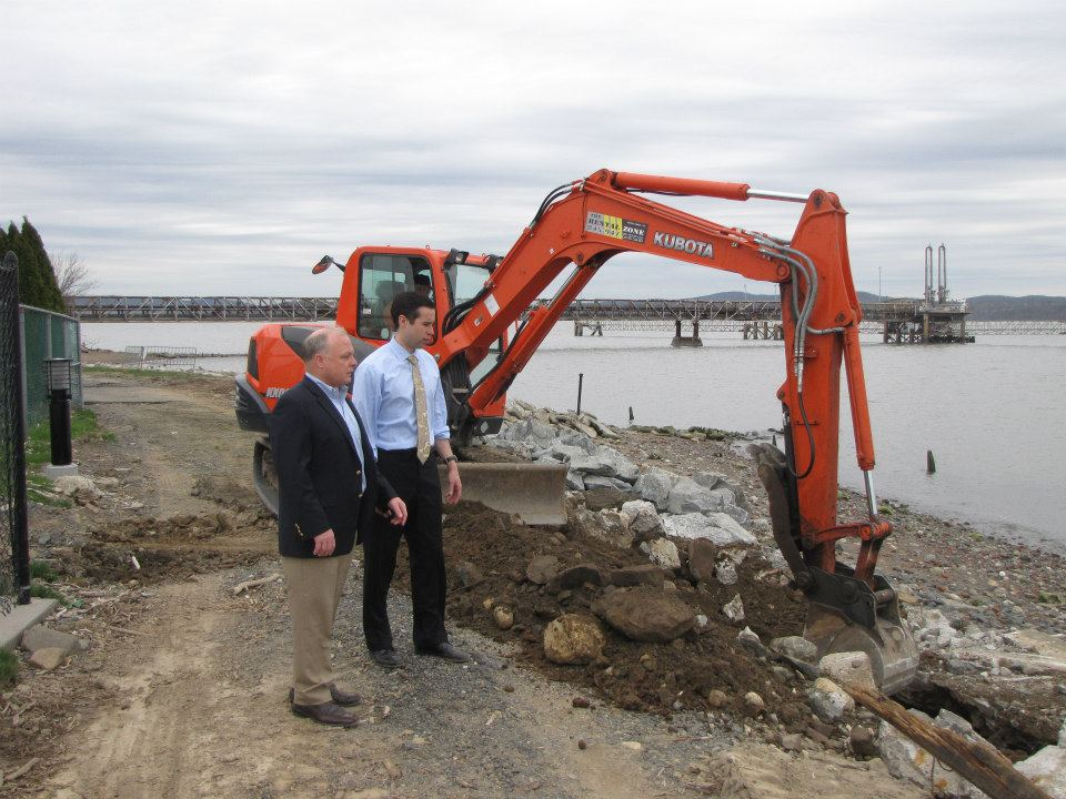 Assemblyman Zebrowski surveys reconstruction efforts with the Supervisor of Haverstraw, Howard Phillips, along the Hudson River after the devastation of Hurricane Sandy.