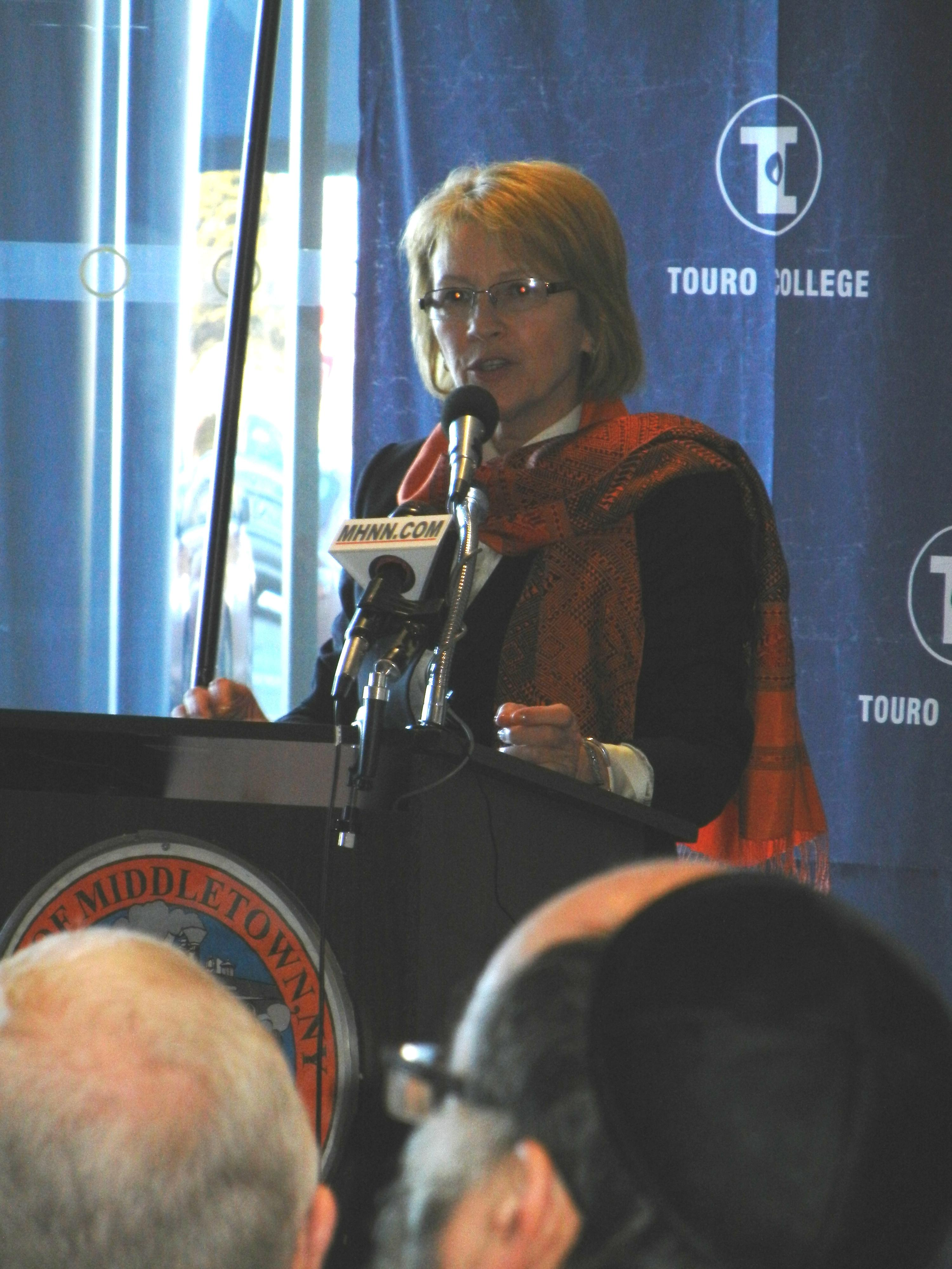 Assemblywoman Gunther spoke at the announcement of Touro Medical College of Osteopathic Medicine.  The College is slated to open at the campus of the former Horton Hospital in Middletown.
