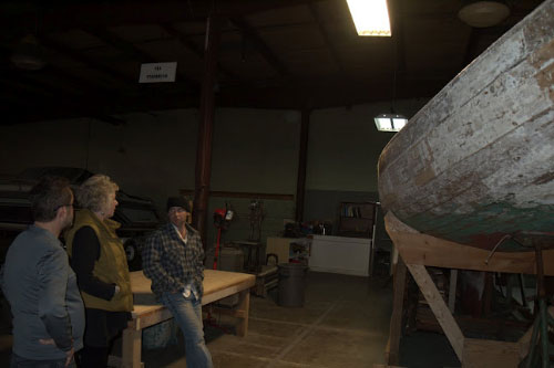 Didi visits with Victor Mendolia and Casson Kennedy of the Hudson River Historic Boat Restoration and Sailing Society.