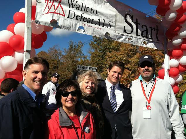 Assemblymember Didi Barrett participates in the Walk to Defeat ALS hosted by the ALS Association of Greater NY. Over $150,000 for ALS patients was raised at this event which took place on the Walkway over the Hudson.