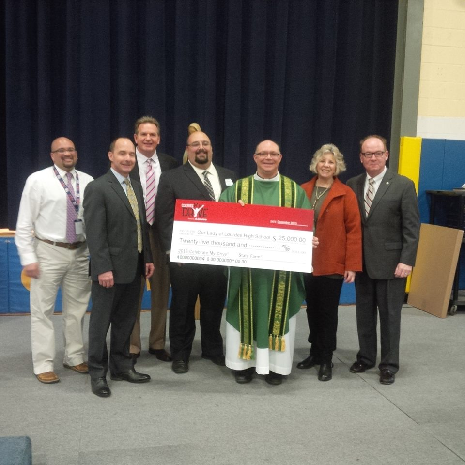 Congratulations to the students of Our Lady of Lourdes High School in Poughkeepsie for taking a stand against distracted driving! State Farm awarded the school $25,000 for their efforts in spreading awareness about this very important issue. Well deserved.