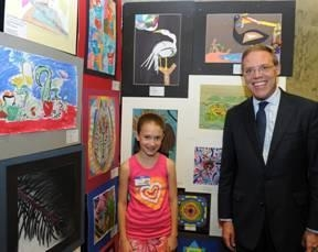 Julia Speich of Palmer Elementary School in Baldwinsville recently attended the New York State Art Teachers Association (NYSATA) Student Art exhibit in Albany.  Assemblyman Barclay is pictured with he