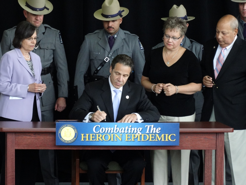 June 23, 2014: Assemblywoman Lupardo joins Governor Cuomo in Binghamton as he signs a package of bills she helped pass to combat New York�s heroin epidemic.