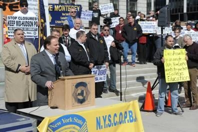 Assemblyman Palmesano speaks at a rally held by NYSCOPBA and correction officials around the state, including members from Monterey Shock.