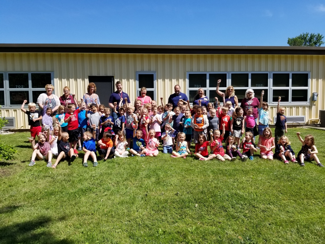 Assemblyman Palmesano, Principal Laurie Hopkins-Halbert, Dundee Elementary teachers, and the students in the Pre-K and kindergarten classes.