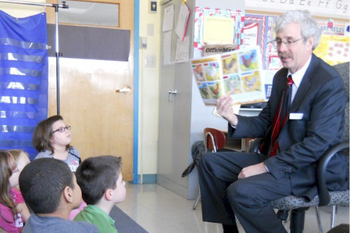 Assemblyman Andy Goodell reads to local third graders as part of Agricultural Literacy Week.